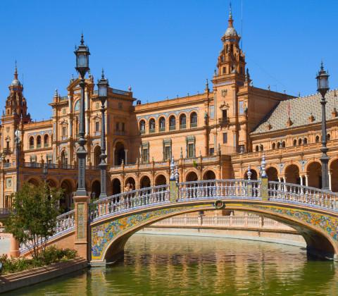 Sevilla, la ciudad regionalista