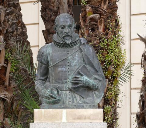 Los azulejos cervantinos de Sevilla