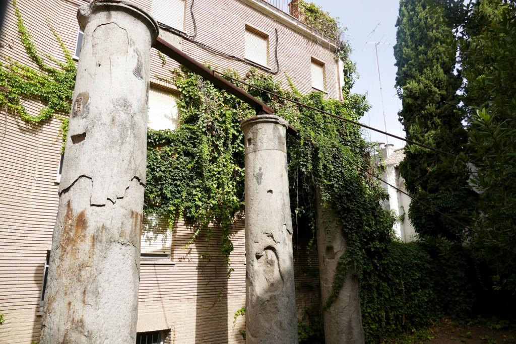 columnas romanas calle marmoles sevilla