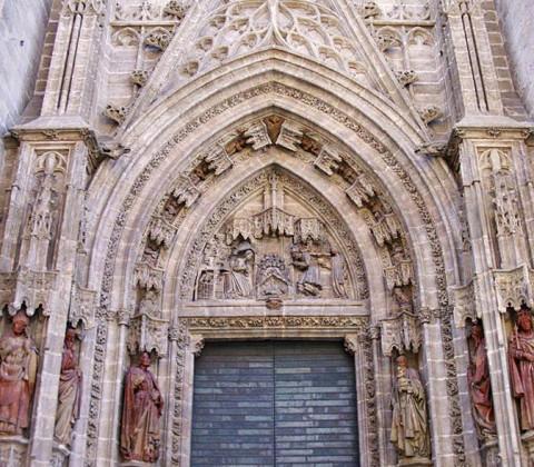 Puerta del Nacimiento de la Catedral de Sevilla