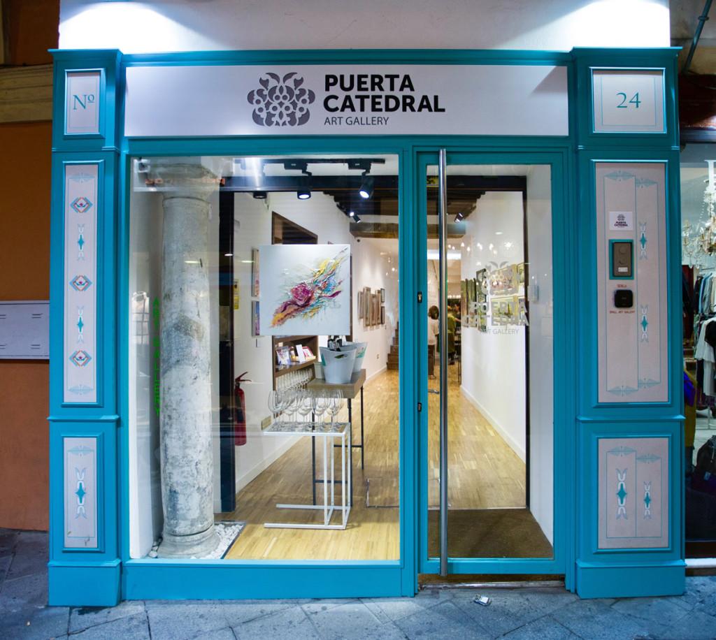 puerta-catedral-art-gallery-01
