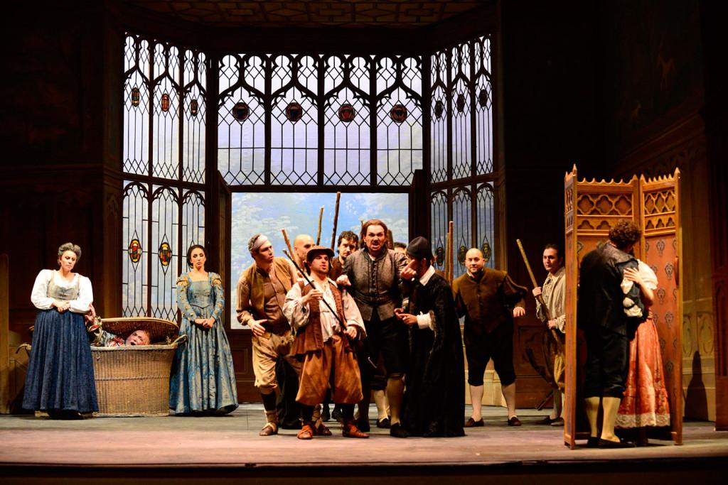 falstaff produccion showa university music teatro giglio japon