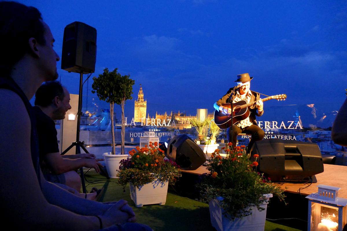 Juan Perro Terraza Hotel Inglaterra Live the Roof 2015