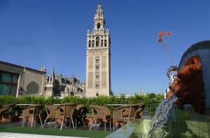 La Giralda desde el Hotel Doña María de Sevilla