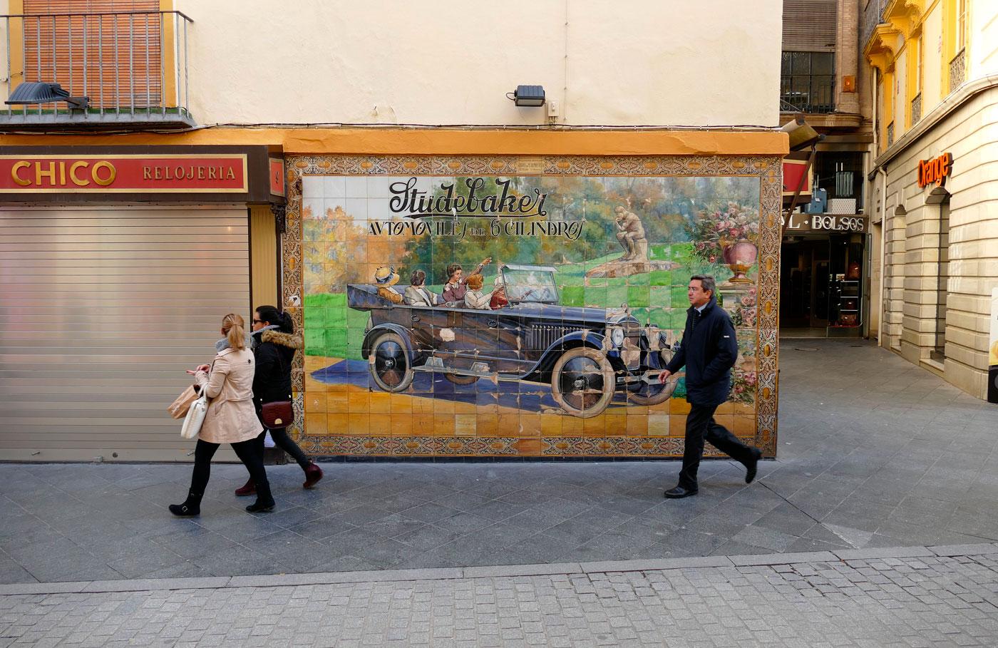 lienzo ceramica publicitaria calle tetuan sevilla