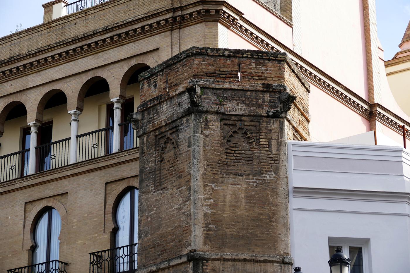 torre abd el aziz sevilla