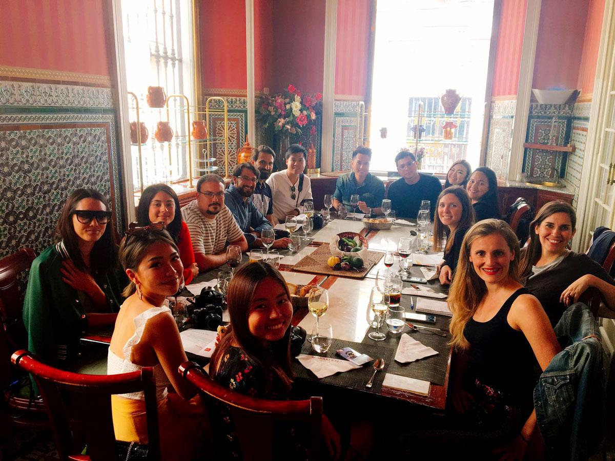 almuerzo blogueros asia taberna alabardero sevilla