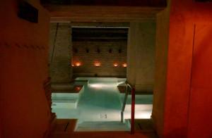 aire sevilla ancient baths