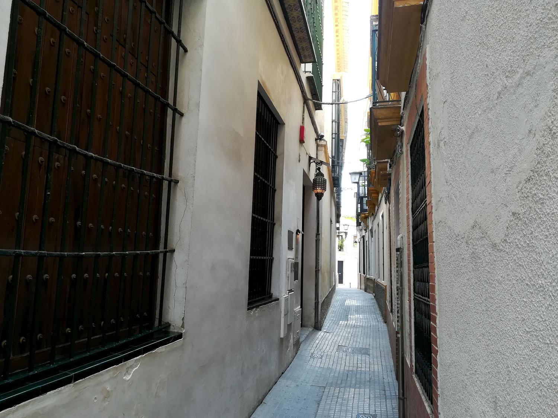 calle aire barrio santa cruz sevilla