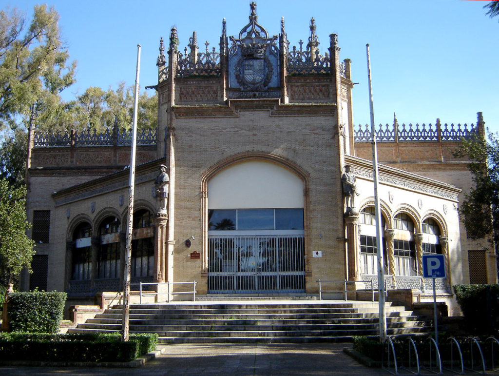 pabellon real parque maria luisa sevilla