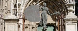 giraldillo replica sevilla catedral
