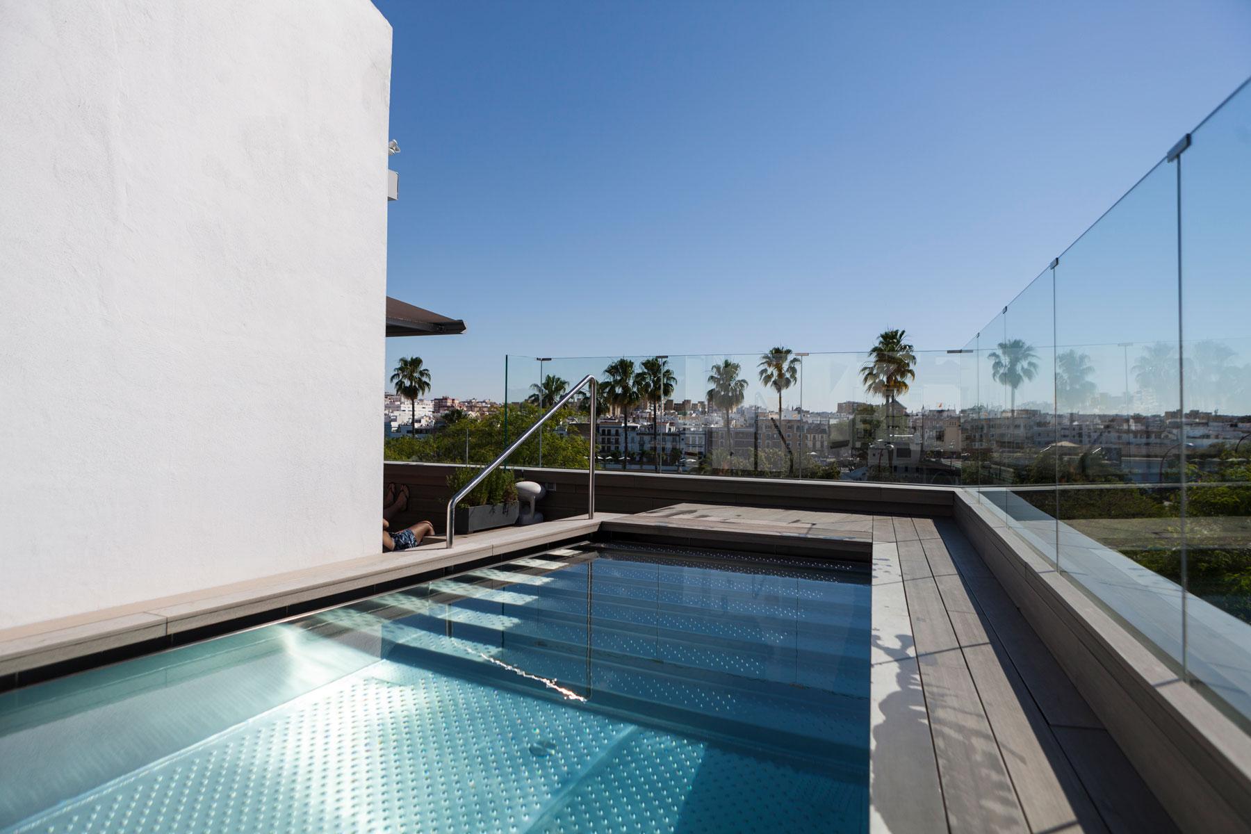 hotel kivir piscina