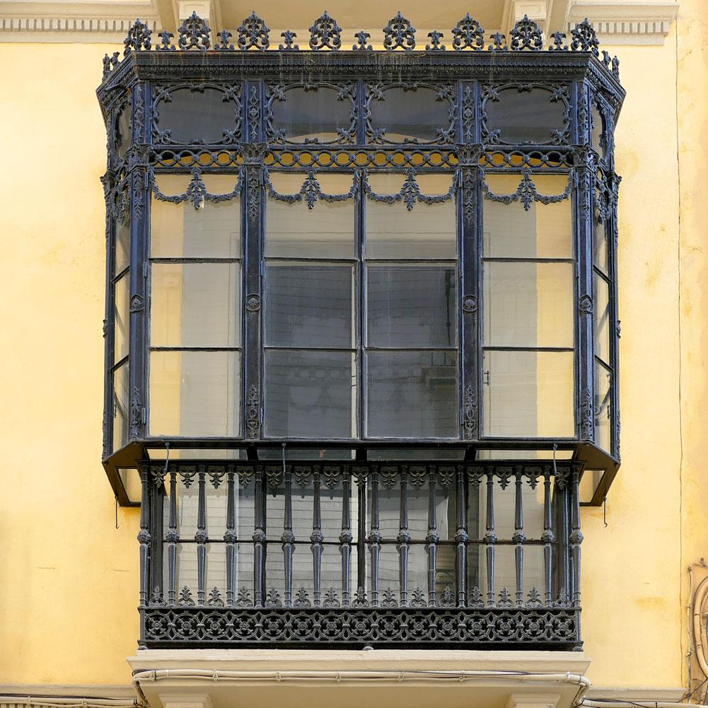 balcon apartamento puerta catedral arenal suites