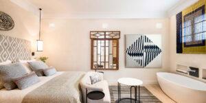 pool suite bathroom corral rey sevilla