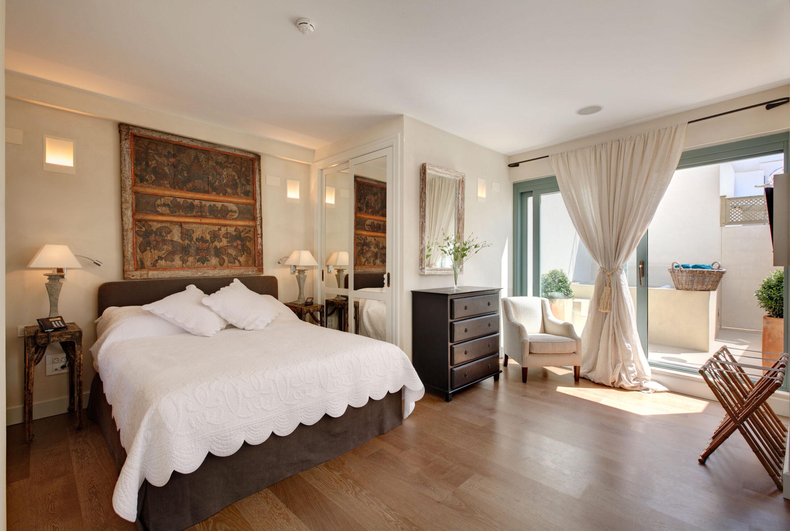 penthouse suite corral rey sevilla