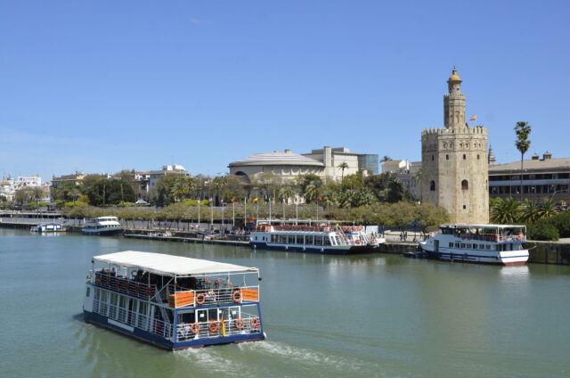 cruceros torre oro sevilla
