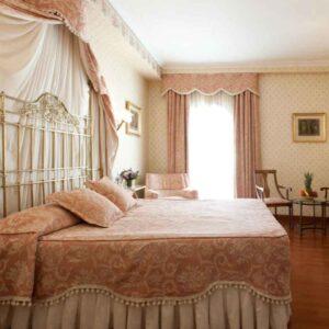 hotel dona maria sevilla